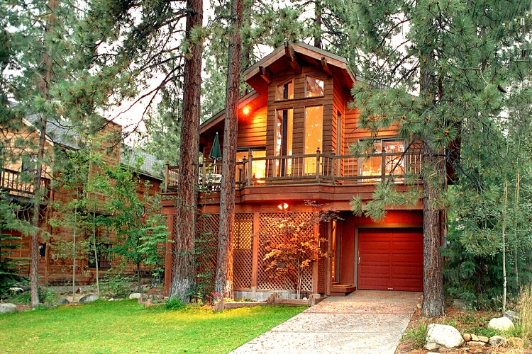 North lake tahoe luxury 4br 2 bath lake view vacation home rental house tour beginning - Two story holiday homes ...